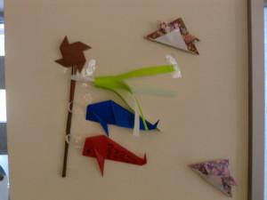 綺麗な折り紙、鯉のぼり。
