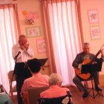 クラシックギター(吉井様)とハーモニカ(齋藤様)